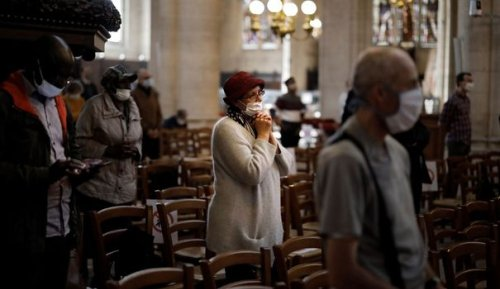Les Français croient de moins en moins en Dieu