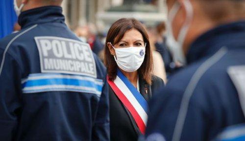 Anne Hidalgo a présenté la première promotion de la police municipale de Paris