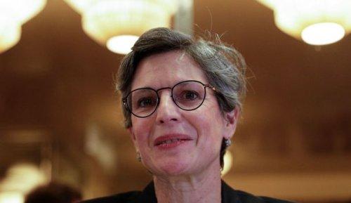 """Y a-t-il un """"problème"""" Sandrine Rousseau chez les écologistes ?"""