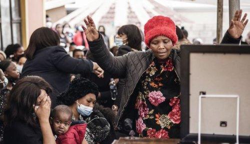 """""""Juste du racisme"""": en Afrique du Sud, les violences nourrissent les vieilles rancoeurs"""