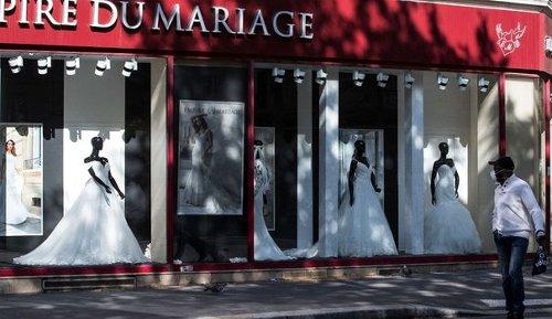 Restrictions et couvre-feu condamnent les mariages en juin, déplore le secteur