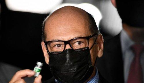 """Dimas Covas : """"Le variant qui nous frappe au Brésil risque d'infecter le monde entier"""""""