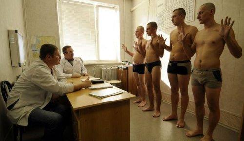 Le service militaire, arme redoutable contre l'opposition russe