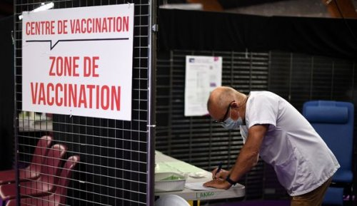 """Covid-19 : """"La fracture entre les vaccinés et les non-vaccinés va probablement s'aggraver"""""""