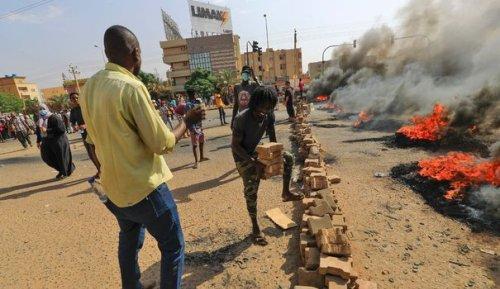 Coups de fouet et de filet: le Soudan renoue avec ses vieilles méthodes policières