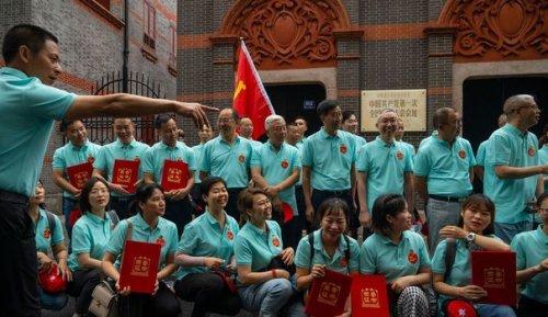 """REPORTAGE. Pour les 100 ans du Parti communiste chinois, le """"tourisme rouge"""" bat son plein"""