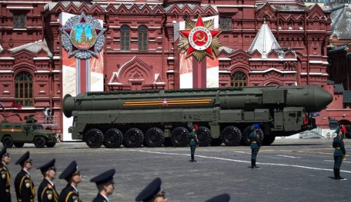 Le traité New Start prolongé, les défis russes commencent pour Biden
