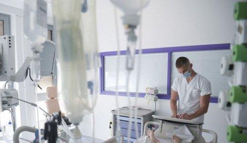Quatrième vague : doit-on craindre une saturation des hôpitaux en août ?