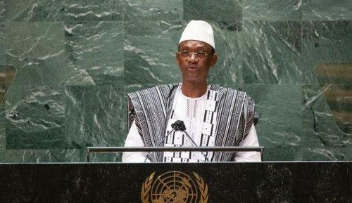 """Le Mali, avec un soutien appuyé de la Russie, dénonce un """"abandon en plein vol"""" de la France"""