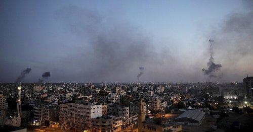 Nouveaux affrontements entre Israël et le Hamas, vaccination sans conditions, Griveaux quitte la politique... L'actu de ce mercredi