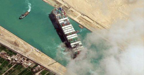Canal de Suez: l'Ever Given, toujours bloqué... par une bataille juridique