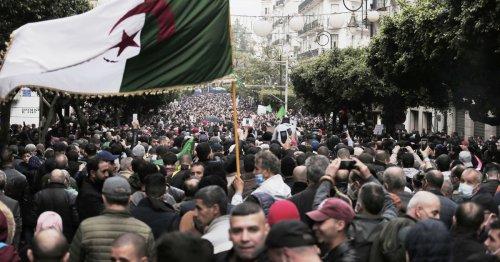 Couverture du Hirak : Alger retire son accréditation à la chaîne France 24