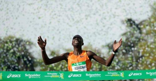 Marathon de Paris : des dizaines de milliers d'amateurs et un nouveau record après 30 mois d'attente