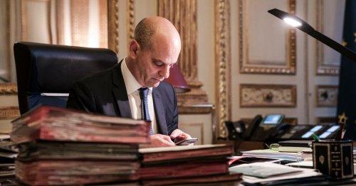 Jean-Michel Blanquer travaille-t-il depuis le ministère alors qu'il est censé être à l'isolement ?