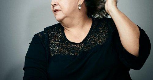 María Isabel Santos Escobar, la veuve blanche
