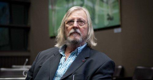 Didier Raoult accusé d'avoir pratiqué des essais non déclarés contre la tuberculose avec des complications médicales graves