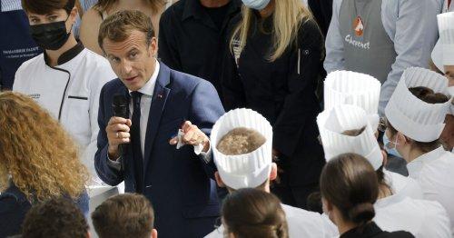 Macron a été la cible d'un jet d'œuf lors d'un salon à Lyon