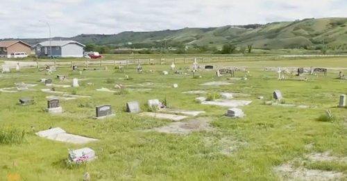 Le Canada choqué par la découverte de 751 nouvelles tombes près d'un pensionnat pour autochtones