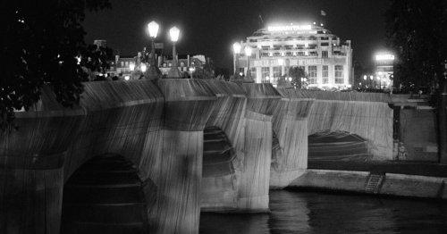 Arc de Triomphe empaqueté : le projet de Christo n'a-t-il vraiment rien coûté au contribuable français?
