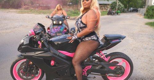 Les bikeuses de Rihanna envoient valser les codes de la lingerie
