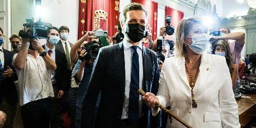 """Casado dice que Sánchez sufre ante los golpistas un """"síndrome de Estocolmo"""""""