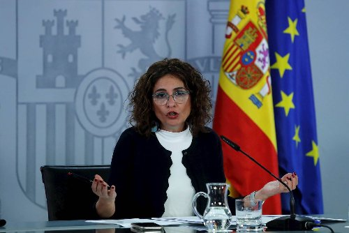 La ministra Montero, contra PP, Vox, Ciudadanos y la manifestación de Colón