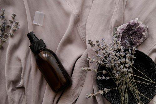 Kissenspray - Entspannung und angenehmer Duft in einem Schritt