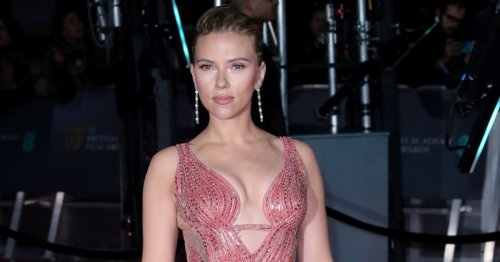 Scarlett Johansson's Most Fashionable Braless Moments Over the Years