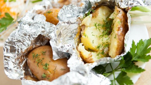 Why You Should Never Store Your Baked Potatoes in Foil