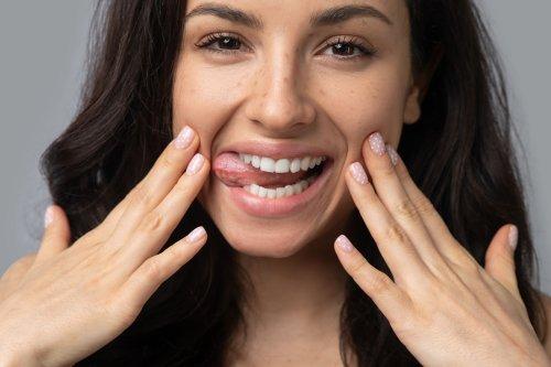 Gesichtsyoga • 6 Übungen für straffe Haut