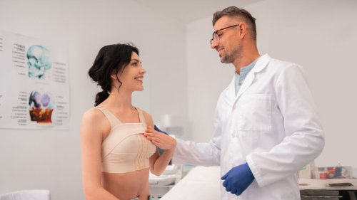 Brustverkleinerung: Kosten und wann sie infrage kommt