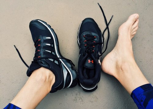 10 Tips To Keep Your Feet Safe During A Workout