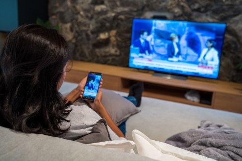 Stream Video from an iPhone to Apple TV
