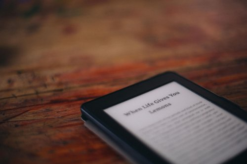 Older Amazon Kindle Devices Won't Have Internet Access By December