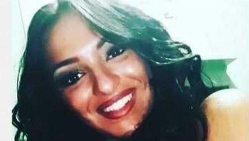 Caivano, inseguita e speronata dal fratello perché gay: muore a 22 anni