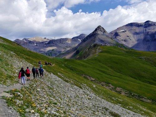 8 Tipps zum Wandern mit Partner:in - Little Red Hiking Rucksack - Wandern I Trekking I Nachhaltigkeit - der Outdoorblog