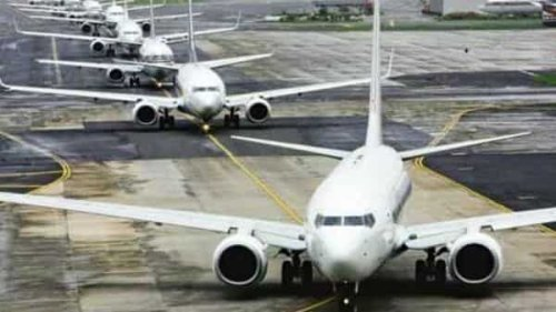 With covid-19 second wave ebbing, Indians begin making travel plans