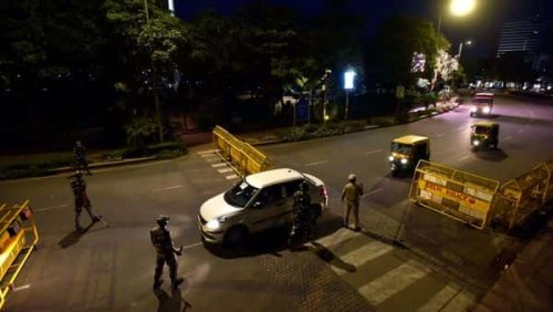Delhi: 164 people held, over 360 cases booked for violation of weekend curfew