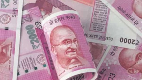Rupee goes from Asia's best to worst in two weeks on Covid spike