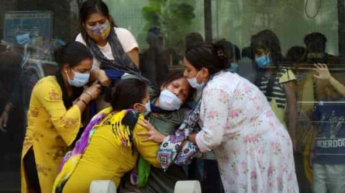 India's 'double mutation' covid virus variant is worrying the world