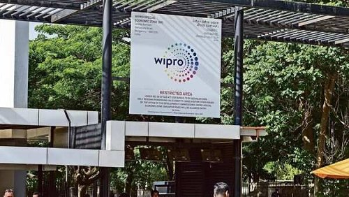 Wipro still lags on growth, but keeps hopes alive with decent deal wins