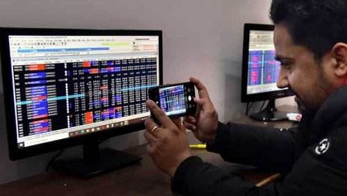 Market LIVE: SGX Nifty indicates flat-to-lower start for Indian indices