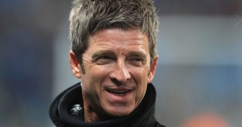 Noel Gallagher aims dig at Carra as Chelsea hand Liverpool CL boost