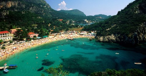 Spain and Greece holiday islands will be kept off travel green list