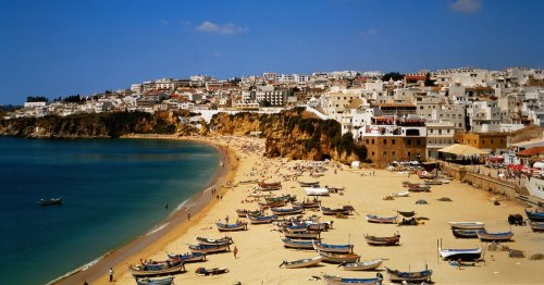 Portugal holiday chaos as UK flights face mass cancellations