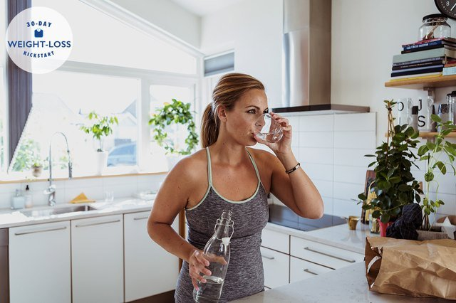 How Many Glasses of Water Should You Drink a Day to Lose Weight?