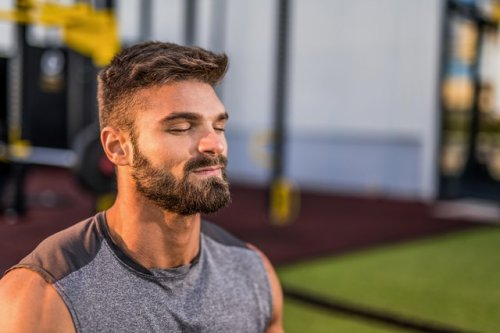 This 20-Minute Breath-Based Interval Workout Strengthens Your Body and Mind