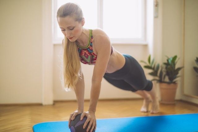 Build a Stronger Core With This 20-Minute Medicine Ball Workout