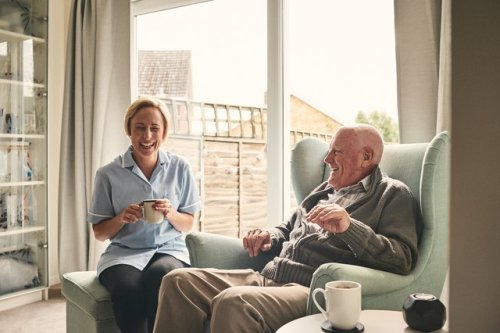 7 Ways to Help Someone With COPD Live Better