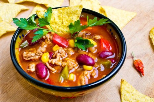 How Many Calories Are in Tortilla and Taco Soup?